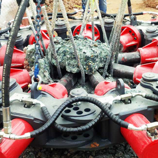 SP800 Pile Breaker Used on Cement Piles